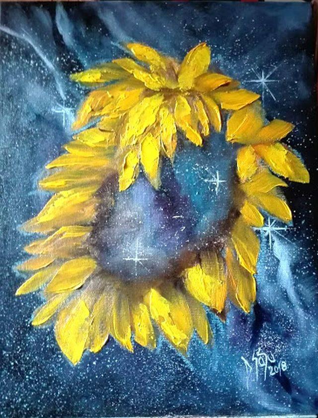 Poza Galaxie cu petale galbene