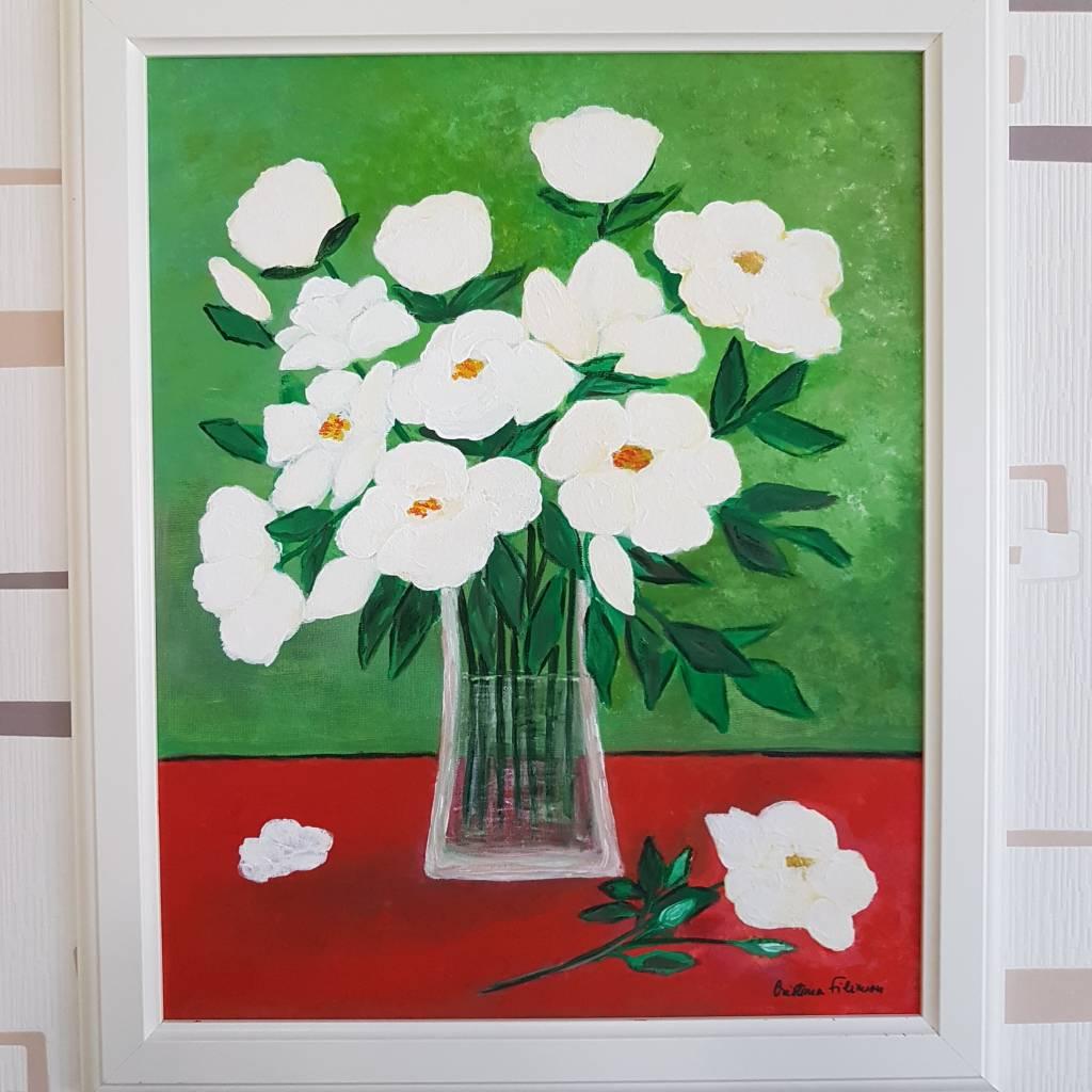 Poza Trandafiri albi in vas de sticla