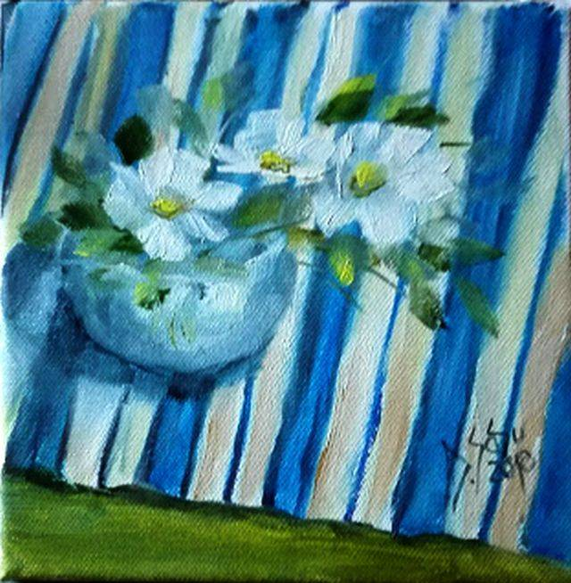 Poza Vas cu flori pe servet dungat