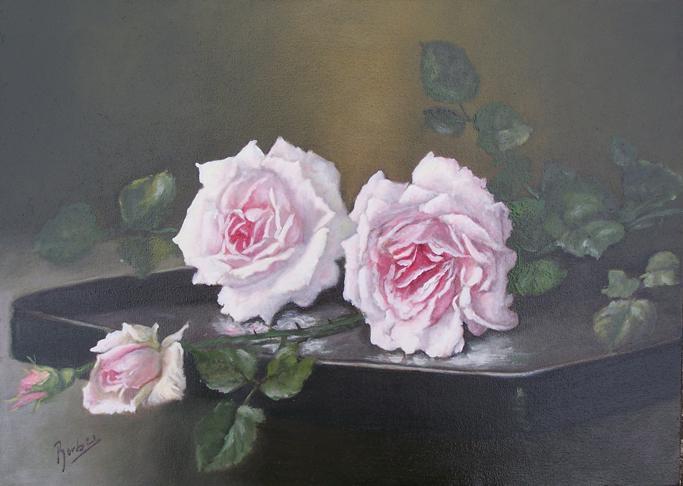 Picturi cu flori trandafiri pe masuta
