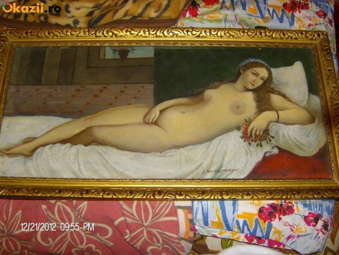 Picturi cu potrete/nuduri Femeia nud intins
