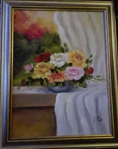 Poza Vas cu trandafiri pe pervaz