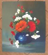 Picturi cu flori Vaza mica albastra cu garoafe