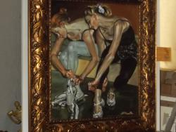 Picturi cu potrete/nuduri dintr o lume fragila